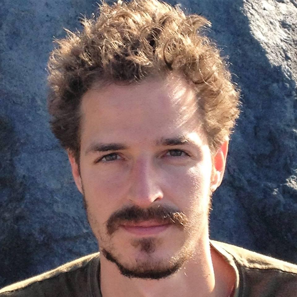 Szabó Gál Bence - GAL Vitamins fejlesztő Medical Healing Point