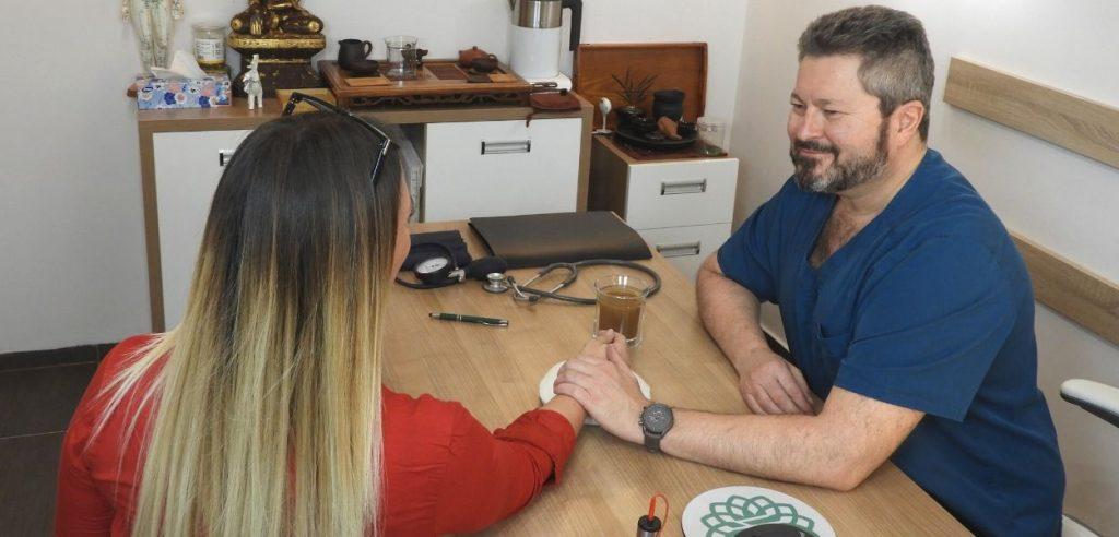 fülzúgás fülcsengés kezelése gyógyítása akupunktúrával budapesten a medical helaing pointban