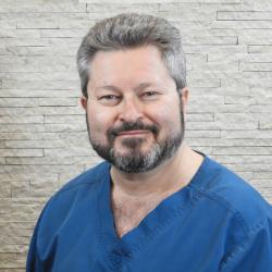 Dr. Papp János - Hagyományos kínai orvos - Medical Healing Point Egészségközpont - Budapest